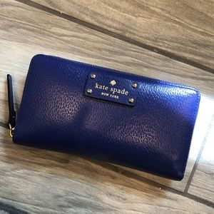 Kate Spade Purple Wallet 💜